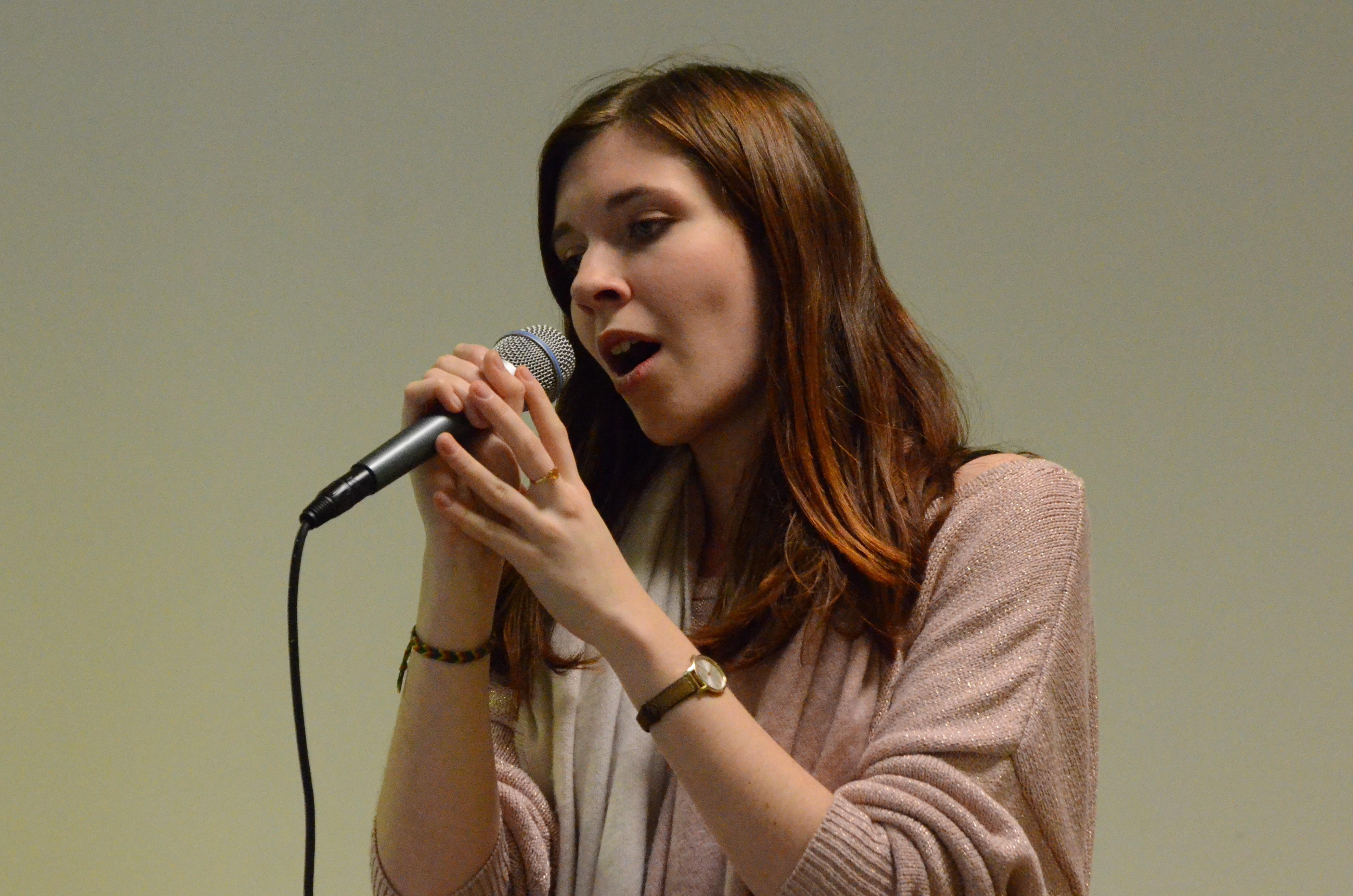 Inscription à l'école de chant Olivia Hall Music : des cours pour tous les niveaux, des formules adaptées à tous les projets... Prenez rdv pour un cours d'essai gratuit au 06 85 47 27 55