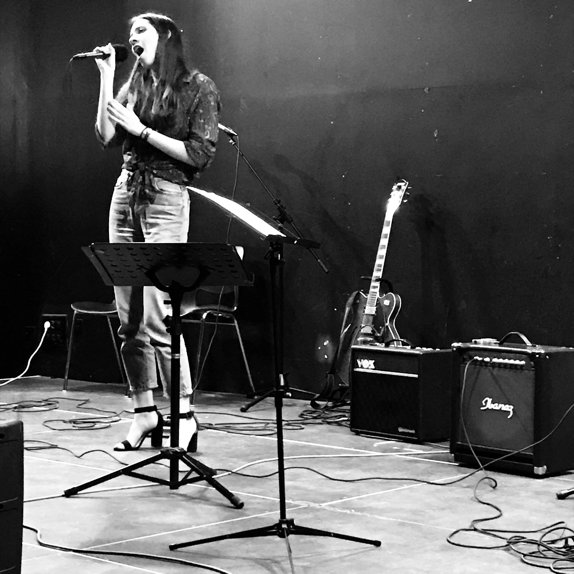 La chaîne Youtube Ecole de chant Nantes vous propose des extraits de concerts, des instrumentaux